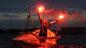 Mylène finishes rowing across the Atlantic in Lorient